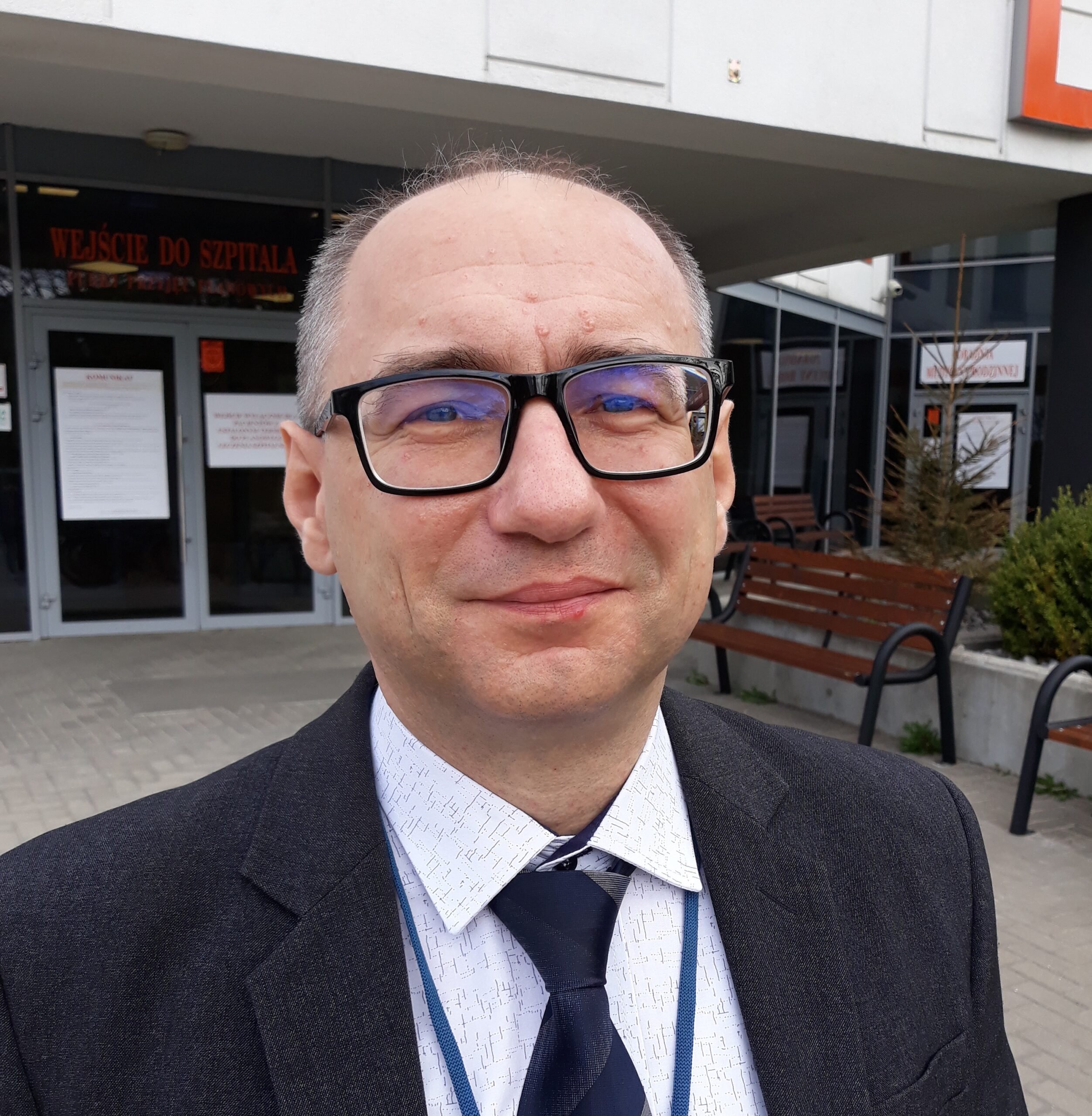 mgr inż. Grzegorz Olszewski : Zastępca Dyrektora ds. Techniczno-Eksploatacyjnych